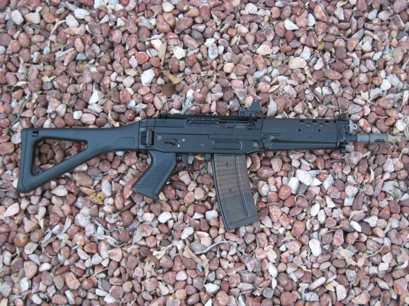 Swiss Arms (Sig)  SG 553 SOW Commando